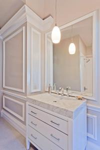 Noble Lane - Bathroom