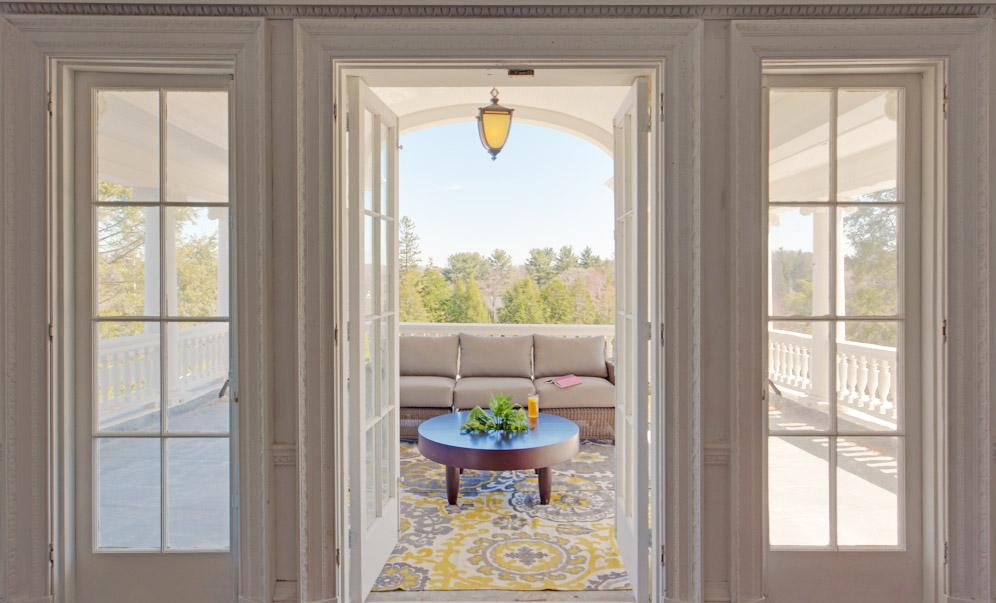 Noble Lane - Veranda-Window