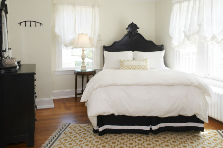 Akwaaba Buttonwood Manor: Lady Jane Guest Room
