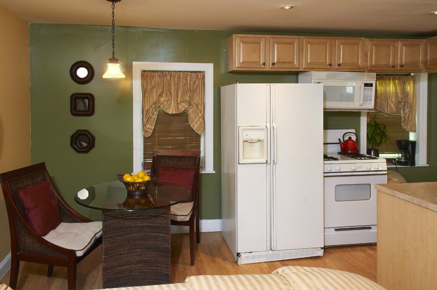 Akwaaba Buttonwood Manor: Buttonwood Suite, Kitchen